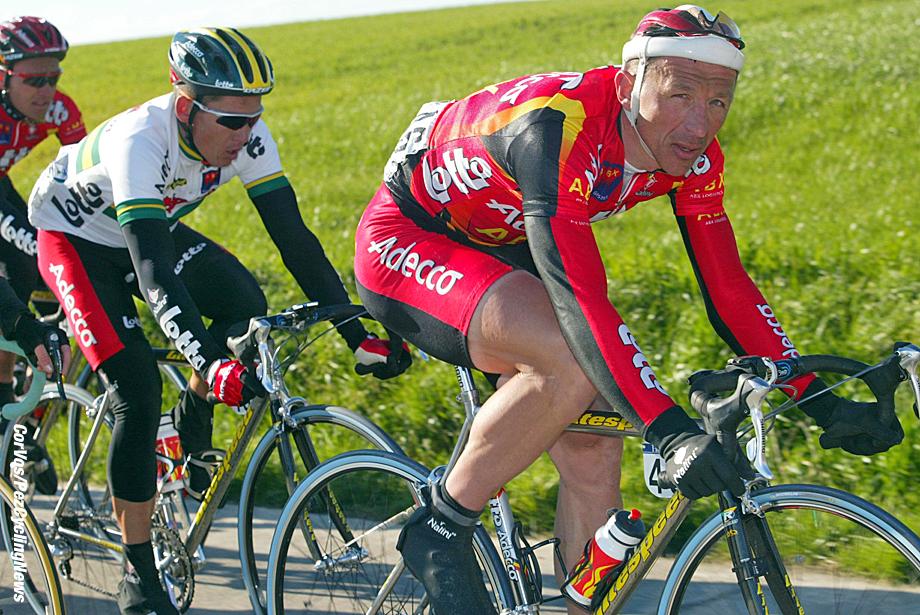 Omloop Het Volk, foto Cor Vos ©2002 Andrei Tchmile