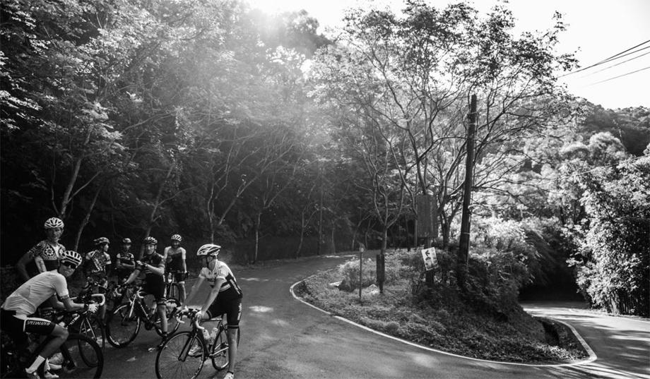 taiwan-ride-stop-920