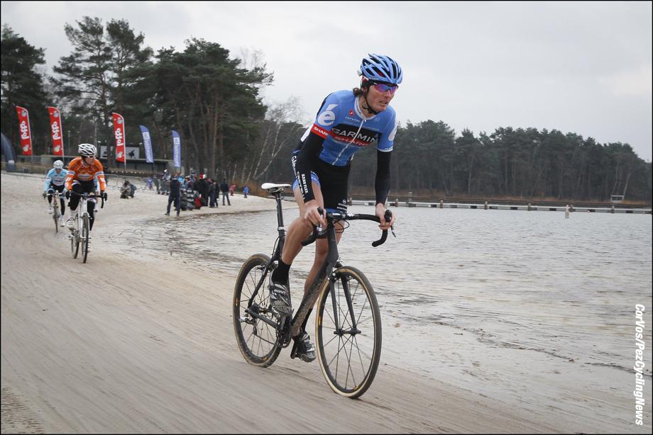 Mol - Belgium - wielrennen - cycling - radsport - cyclisme - veldrijden - cyclocross - Querfeldein - Radquerfeldein -  Johan Vansummeren pictured during the Boonen & Friends Charity Cyclocross 2012 on december 1, 2012 in Mol, Belgium   - foto Cor Vos ©2012