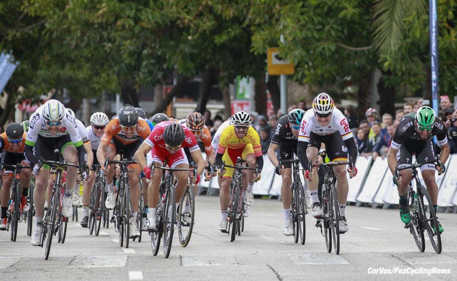 Palma de mallorca -  Mallorca - Spain - wielrennen - cycling - radsport - cyclisme -Daniel MCLAY (GBR / Team Fortuneo - Vital Concept) - Matteo PELUCCHI (Italien / Team Bora - Hansgrohe) - Nacer BOUHANNI (France / Team Cofidis) - Andre GREIPEL (Germany / Team Lotto Soudal) - Raymond KREDER (Netherlands / Team Roompot Nederlandse Loterij)  pictured during Trofeo Palma  2017 - stage 2 - photo Sabine Jacob/Cor Vos © 2017