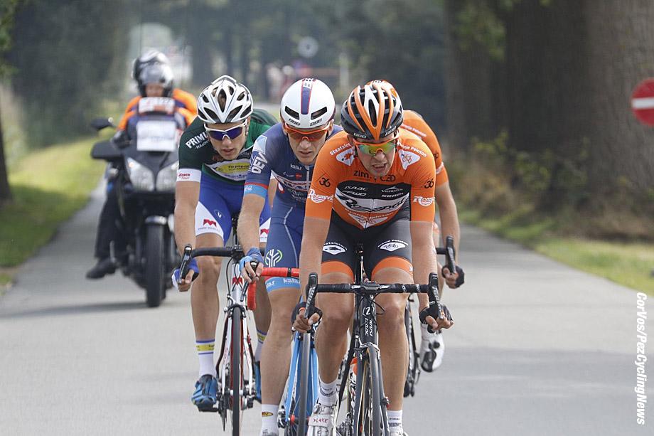 Sint Pieters Leeuw - Belgium - wielrennen - cycling - radsport - cyclisme -   Brian van Goethem (Netherlands / Roompot - Oranje Peloton) - Mcnally Mark (Great Britain / Wanty - Groupe Gobert) - Van Lerberghe Bert (Belgium / Topsport Vlaanderen - Baloise) - Sjoerd van Ginneken (Netherlands / Roompot - Oranje Peloton) pictured during  Eneco Tour stage -4 - UCI World Tour) from Aalter to Sint Pieters Leeuw - photo Davy Rietbergen/Cor Vos © 2016 motard Kenny Verfaillie