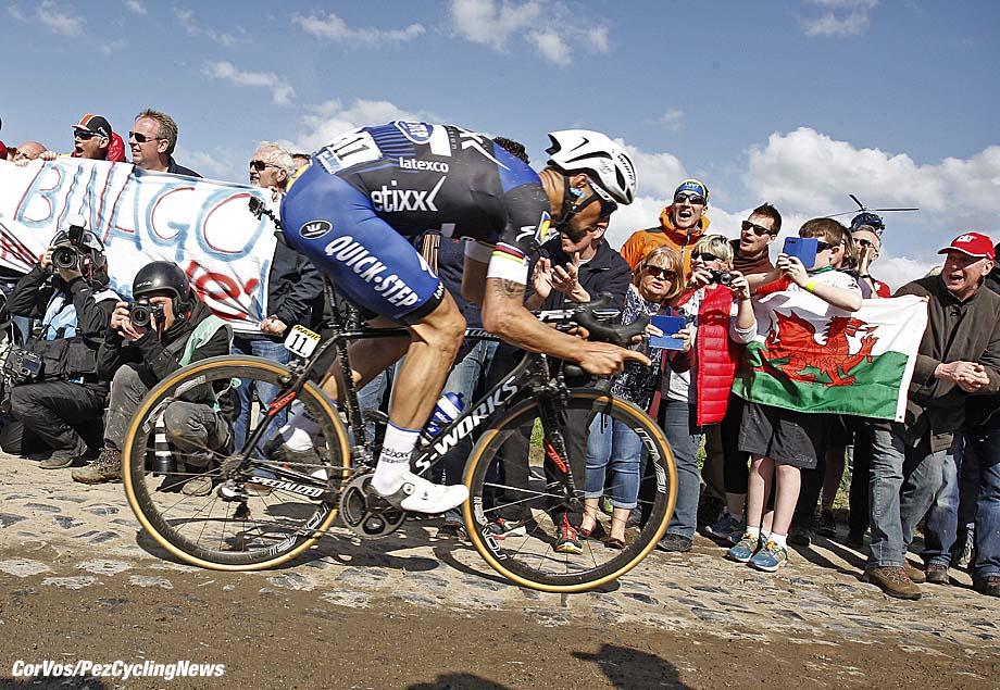 Roubaix - France - wielrennen - cycling - radsport - cyclisme - Tom Boonen (Belgium / Team Etixx - Quick Step) pictured during Paris - Roubaix 2016 World Tour Cycling race - photo Marketa Navratilova/Cor Vos © 2016