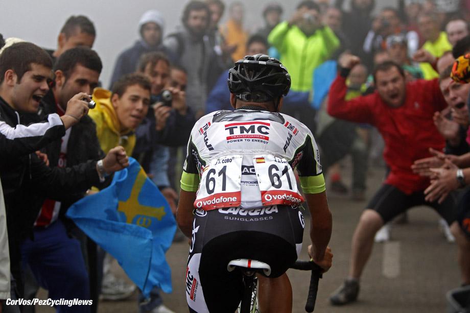 Anglirú - Spanje - wielrennen - cycling - radsport - cyclisme - Vuelta 2011 - Tour of Spain - Ronde van Spanje - etappe-15 Avilés > Anglirú - Juan Jose Cobo Acebo (Team Geox - TMC) - foto Sabine Jacob/Cor Vos ©2011