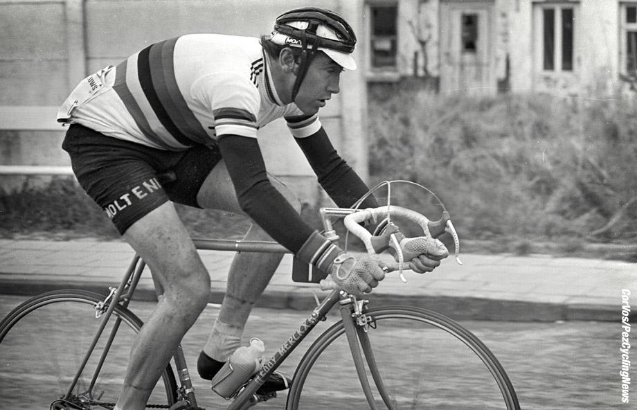 Hoogvliet - wielrennen - cycling - radsport - cyclisme - archief - archive - stock - Eddy Merckx - foto /Cor Vos ©2008