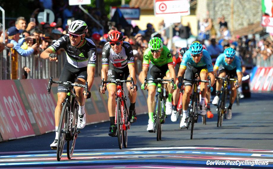 Bagno di Romagna - Italia - wielrennen - cycling - radsport - cyclisme - Omar FRAILE MATARRANZ (Spain / Team Dimension Data) - Rui Alberto FARIA DA COSTA (Portugal/ Team Abu Dhabi) - Pierre ROLLAND (France / Cannondale Drapac Professsional Cycling Team) pictured during team stage 11 of the Giro D'Italia 2017  from Firenze to Bagno di Romagna, 161.00 km -  photo Miwa iijima/Cor Vos © 2017