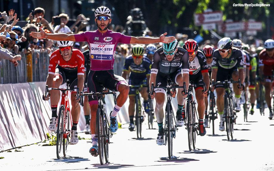 Tortona - Italia - wielrennen - cycling - radsport - cyclisme - Fernando Gaviria (COL - QuickStep - Floors) Jasper STUYVEN (Belgium / Team Trek Segafredo) - Sam BENNETT (Irland / Team Bora - Hansgrohe) - Caleb EWAN (Australia / Team Orica Scott)   pictured during team stage 13 of the Giro D'Italia 2017  from Reggio Emilia to Tortona, 162.00 km -  photo LB/RB/Cor Vos © 2017