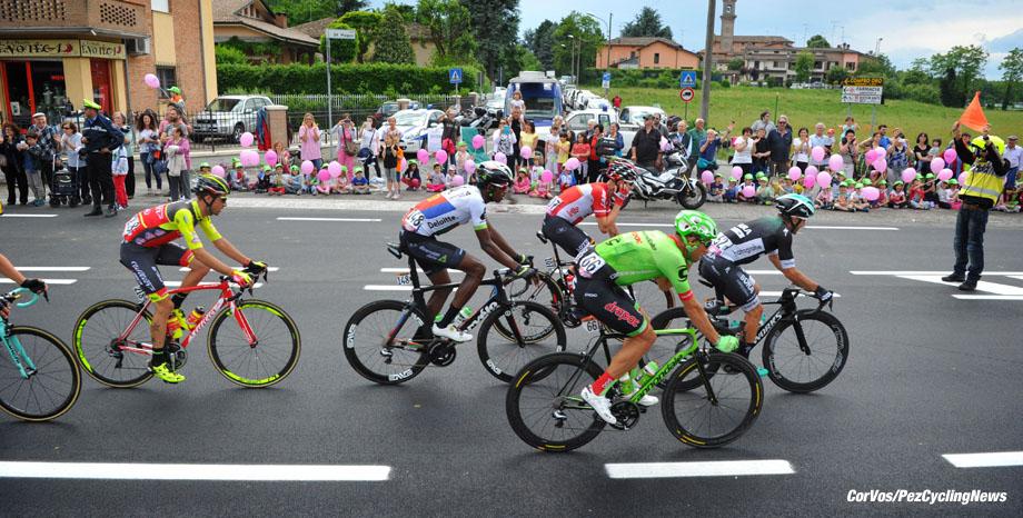 Tortona - Italia - wielrennen - cycling - radsport - cyclisme - Cesare BENEDETTI (Italy / Team Bora - Hansgrohe) - Kristijan KOREN (Slowenia / Cannondale Drapac Professsional Cycling Team)  - Daniel TEKLEHAIMANOT (Eritrea / Team Dimension Data) - Cristian RODRIGUEZ MARTIN (Spain / Team Wilier Triestina)  pictured during team stage 13 of the Giro D'Italia 2017  from Reggio Emilia to Tortona, 162.00 km -  photo Miwa iijima/Cor Vos © 2017