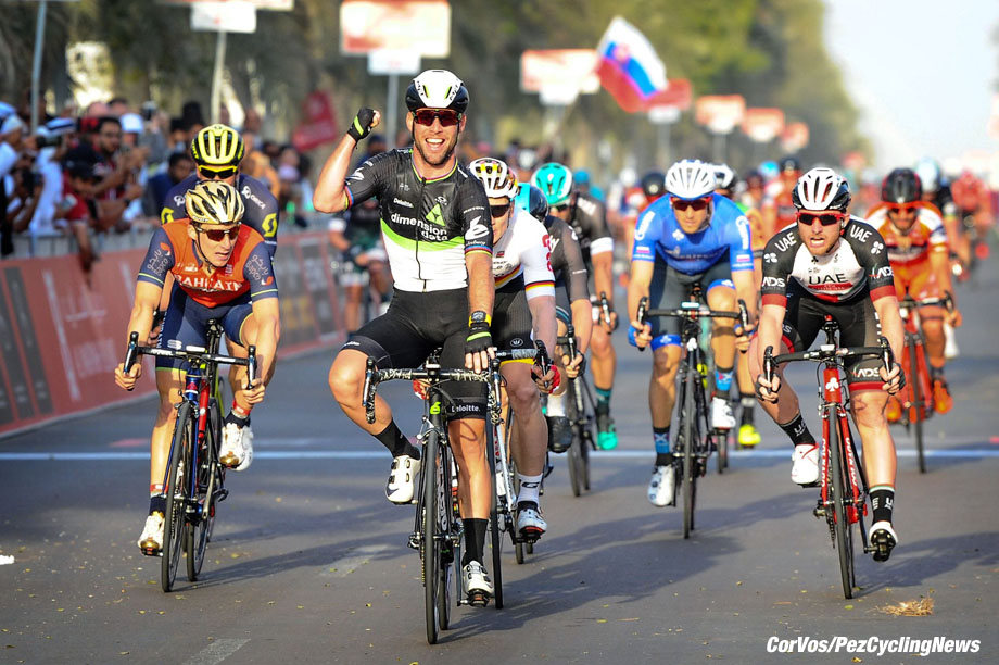 Madinat Zayed - wielrennen - cycling - radsport - cyclisme - Mark Cavendish (GBR - Dimension Data) - Andre Greipel (GER - Lotto Soudal) - Niccolo Bonifazio (ITA - Bahrain - Merida) pictured during Abu Dhabi Tour 2017 - †UCI world Cup Race - stage - 1 from Baynounah Educational Complex to Madinat Zayed, 188.00 km - photo Miwa iijima/Cor Vos © 2017