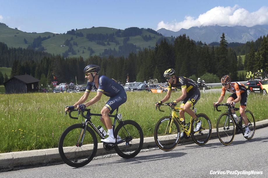 Villars-sur-Ollon - Suisse - wielrennen - cycling - radsport - cyclisme -  illustration - scenery - carte postal scenic shot - postcard sfeerfoto - sfeer - illustratie - Lawrence WARBASSE (USA / Team Aqua Blue Sport)  - Nick VAN DER LIJKE (Netherlands / Team Roompot Nederlandse Loterij) pictured during stage - 4 of the Tour de Suisse 2017 stage -1 - from Bern - Villars-sur-Ollon, 150.20 km - photo VK/PN/Cor Vos © 2017