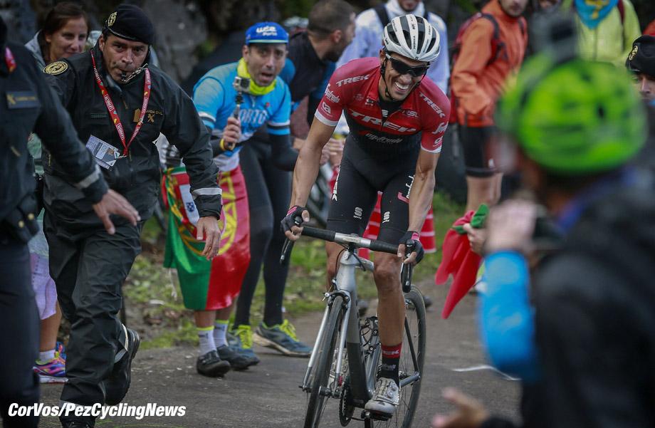 Alto de l'Angliru - Spain - wielrennen - cycling - cyclisme - radsport - Alberto Contador (ESP - Trek - Segafredo) pictured during La Vuelta ciclista a Espana 2017 (2.UWT) stage 20 from Corvera de Asturias - Alto de l'Angliru (117,5 km) - photo Miwa iijima/Cor Vos © 2017
