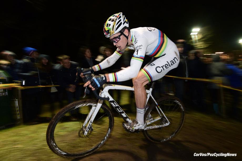 Diegem - Belgium - wielrennen - cycling - radsport - cyclisme - an Aert Wout (BEL) of Crelan - Charles team  pictured during  the men's elite Telenet Superprestige cyclocross race of Diegem, Belgium - photo NV/PN/Cor Vos © 2017