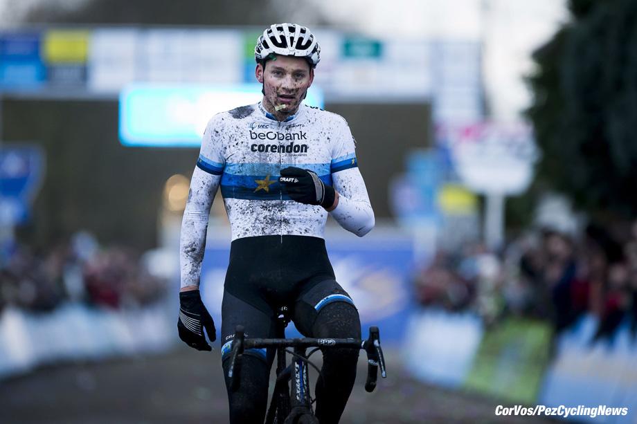 Essen - Belgium - wielrennen - cycling - cyclisme - radsport - Mathieu van der Poel celebrates as he wins the men's elite 'DVV verzekeringen' trophy cyclocross race on December 09, 2017 in Essen, Belgium, 09/12/2017, - photo PN/Cor Vos © 2017