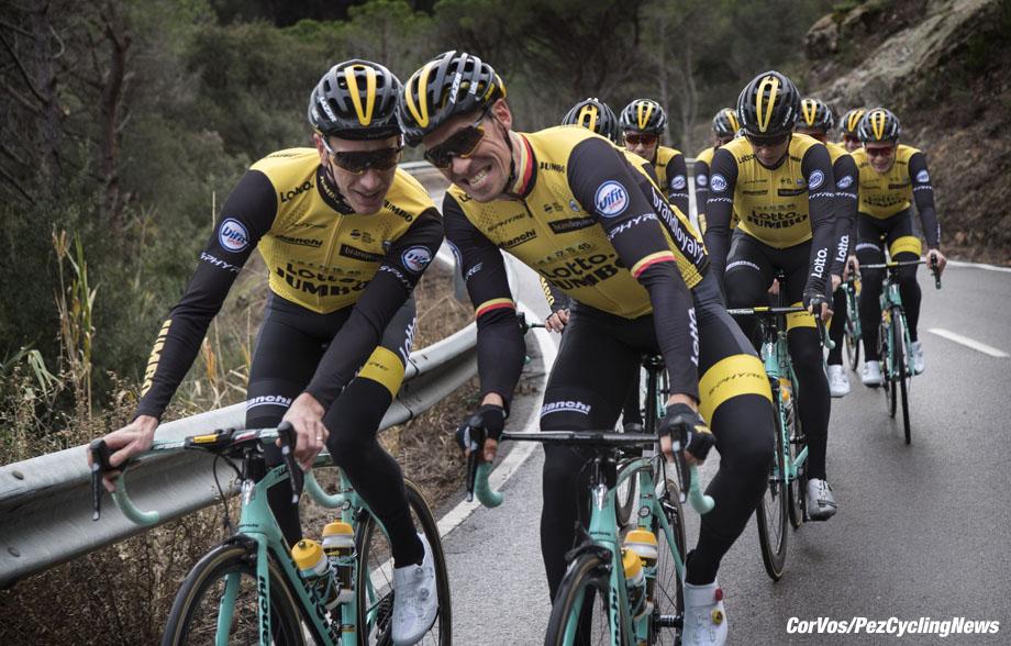 Sant Feliu de Guixois  - wielrennen - cycling - cyclisme - radsport - Jos VAN EMDEN (Netherlands / Team Lotto NL - Jumbo) - Robert WAGNER (Germany / Team Lotto NL - Jumbo) pictured during trainingscamp Team LottoNL-Jumbo in Spain on december 21-2017 - foto: Carla Vos/Cor Vos © 2017