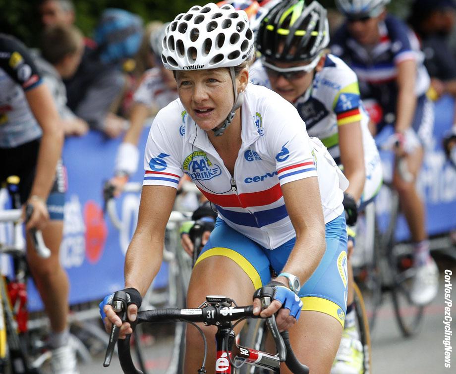 Plouay - France  - wielrennen - cycling - radsport - cyclisme - Sharon Laws  pictured during GP de Plouay-Bretagne 2012 coupe du Monde feminin - Worldcup women - wereldbeker vrouwen  - foto Anton Vos/Cor Vos ©2012
