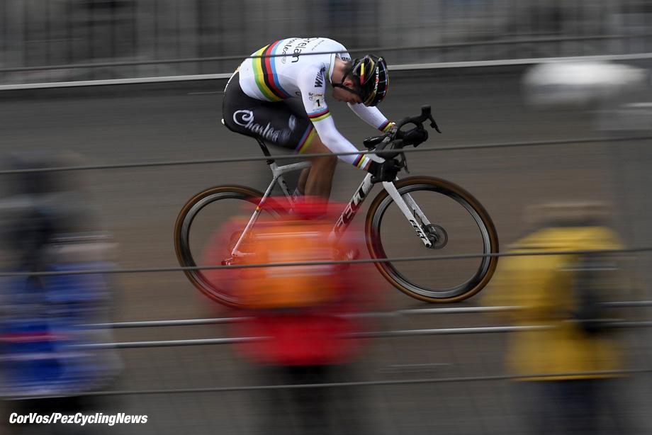 Heusden - Zolder - Belgium - wielrennen - cycling - radsport - cyclisme  - Van Aert Wout (BEL) of Crelan - Charles team pictured during Telenet UCI Cyclo-Cross World Cup for elite in Heusden - Zolder, Belgium - photo VK/PN/Cor Vos © 2017