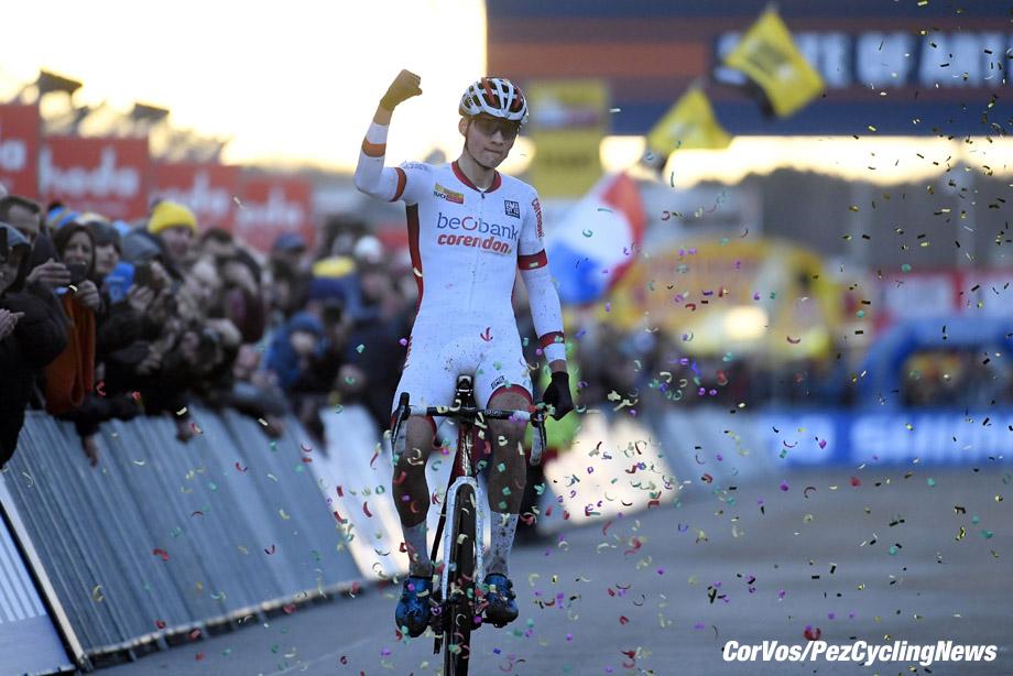 Heusden - Zolder - Belgium - wielrennen - cycling - radsport - cyclisme  - Mathieu van de Poel (NED) pictured during Telenet UCI Cyclo-Cross World Cup for elite in Heusden - Zolder, Belgium - photo VK/PN/Cor Vos © 2017