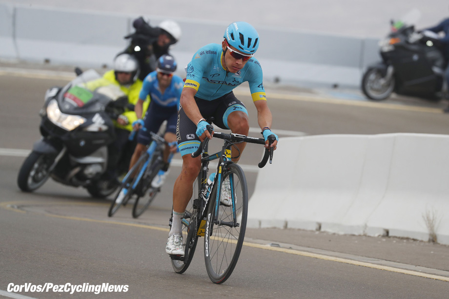 Jebel Hafeet - Abu Dhabi - wielrennen - cycling - cyclisme - radsport - Miguel Angel Lopez (COL - Astana Pro Team) - Alejandro VALVERDE BELMONTE (Spain / Team Movistar) pictured during the 2018 Abu Dhabi Tour stage 5 from Qasr Al Muwaiji to Jebel Hafeet (199KM) - photo LB/RB/Cor Vos © 2018