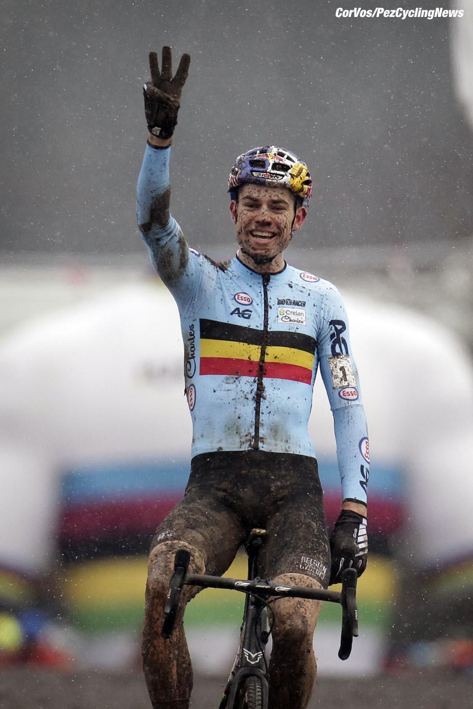 Valkenburg - Netherlands - wielrennen - cycling - cyclisme - radsport - Wout van Aert (BEL) pictured during the World Championships Cyclocross for elite men in Valkenburg, Netherlands - photo Davy Rietbergen/Cor Vos © 2018