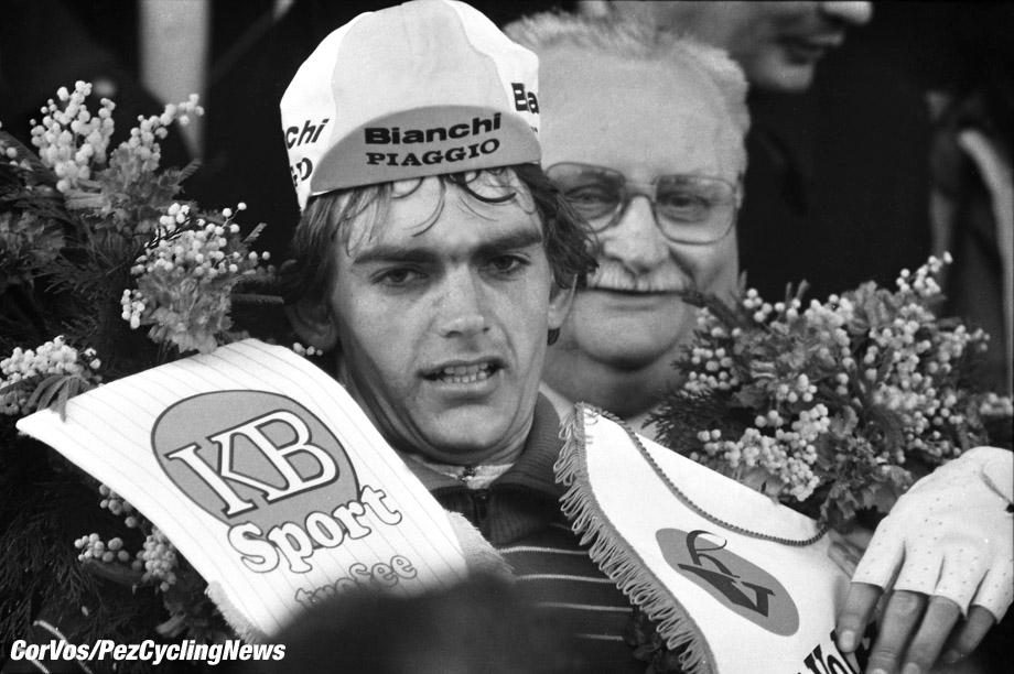 Hoogvliet - Nederland  - wielrennen - cycling - radsport - cyclisme - stock - archief - archive - illustration -  Fons de Wolf (Team Bianchi) - Omloop Het Volk 1983 - photo Cor Vos © 2015