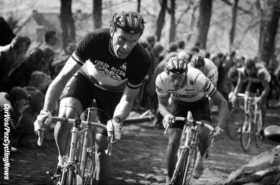Hoogvliet - Nederland  - wielrennen - cycling - radsport - cyclisme - stock - archief - archive - illustration - Frank Hoste (Belgie)  - Omloop Het Volk 1983  - photo Cor Vos © 2015
