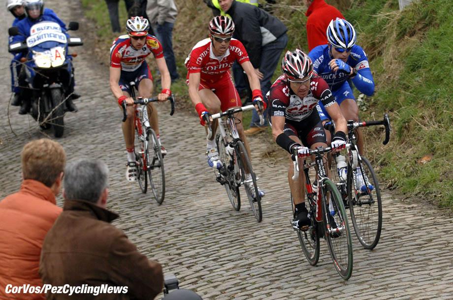 Kuurne - wielrennen - cycling - cyclisme - radsport - Kuurne-Brussel-Kuurne - Stuart O'Grady (CSC) - Sebastian Rosseler (Quickstep) en Staf Scheirlinckx (Cofidis) - foto Cor Vos ©2007