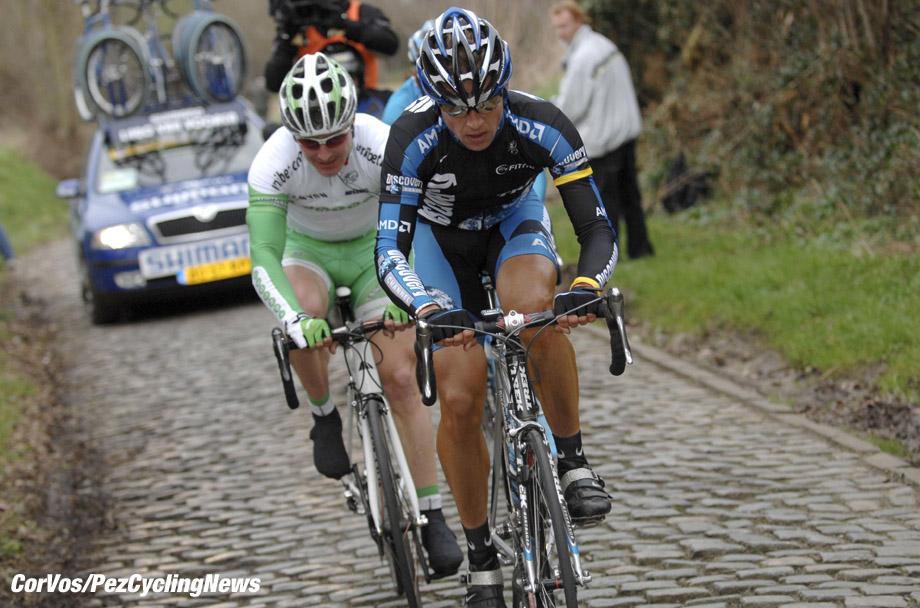 Kuurne - wielrennen - cycling - cyclisme - radsport - Kuurne-Brussel-Kuurne - Stijn Devolder (Discovery) en Mathe Pronk (UNIBET) - foto Cor Vos ©2007