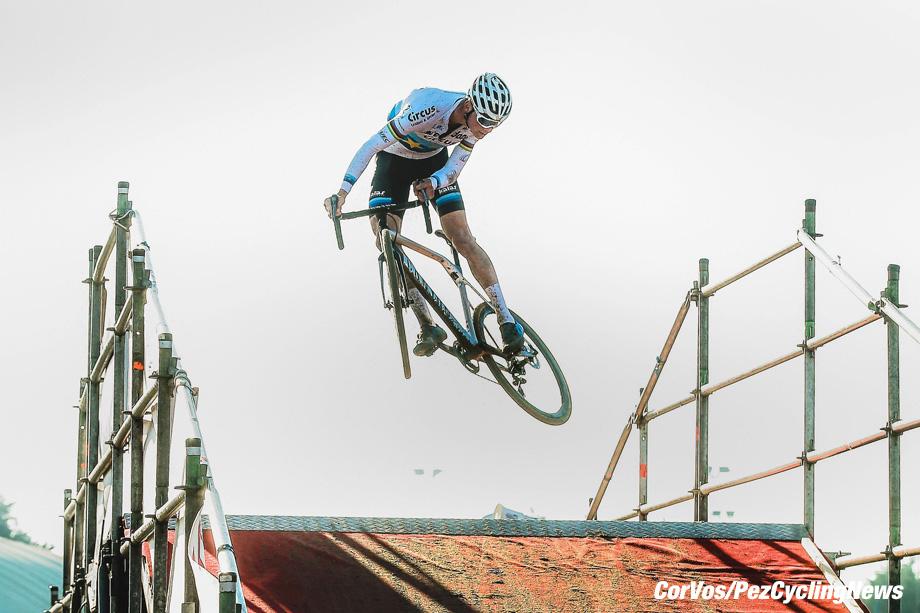 Middelkerke - Belgium - wielrennen - cycling - cyclisme - radsport - Van Der Poel Mathieu (NED) of Corendon - Circus pictured during the Telenet Super prestige Middelkerke Noordzeecross on February 17, 2018 in Middelkerke, Belgium, 17/02/18 - photo JDM/PN/Cor Vos © 2018