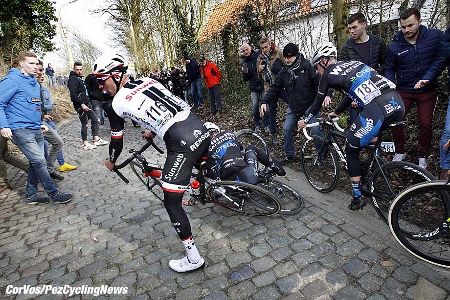 Gent - Belgium - wielrennen - cycling - radsport - cyclisme -  crash val sturz fall Zico WAEYTENS (Belgium / Team Sunweb)  pictured during Omloop Het Nieuwsblad Mannen Elite UCI World Cup Race - photo Dion Kerckhoffs/Cor Vos © 2017