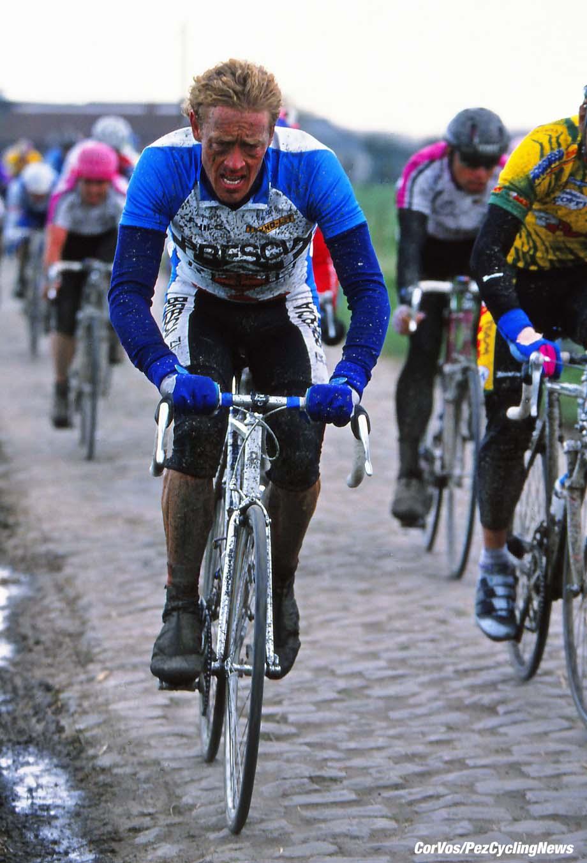Roubaix - France  - wielrennen - cycling - cyclisme - radsport - Eric VANDERAERDEN   pictured during Paris-Roubaix 1994 - archief - stock - archive - archivbild -  photo Cor Vos © 2017