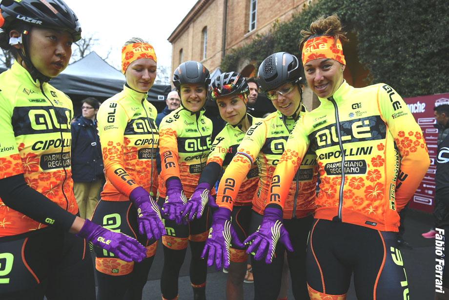 Foto LaPresse - Fabio Ferrari 03/03/2018 Siena (Italia) Sport Ciclismo Strade Bianche 2018 - Gara donne - da Siena a Siena - 136 km (84,5 miglia)  Photo LaPresse - Fabio Ferrari 03/03/2018 Siena (Italy)  Sport Cycling Strade Bianche 2018 - Woman Elite race - from Siena to Siena - 136 km (84,5 miles)