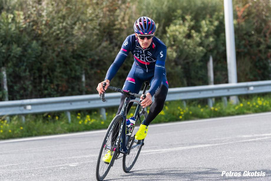 seg-stavrakakis-corner-race-920