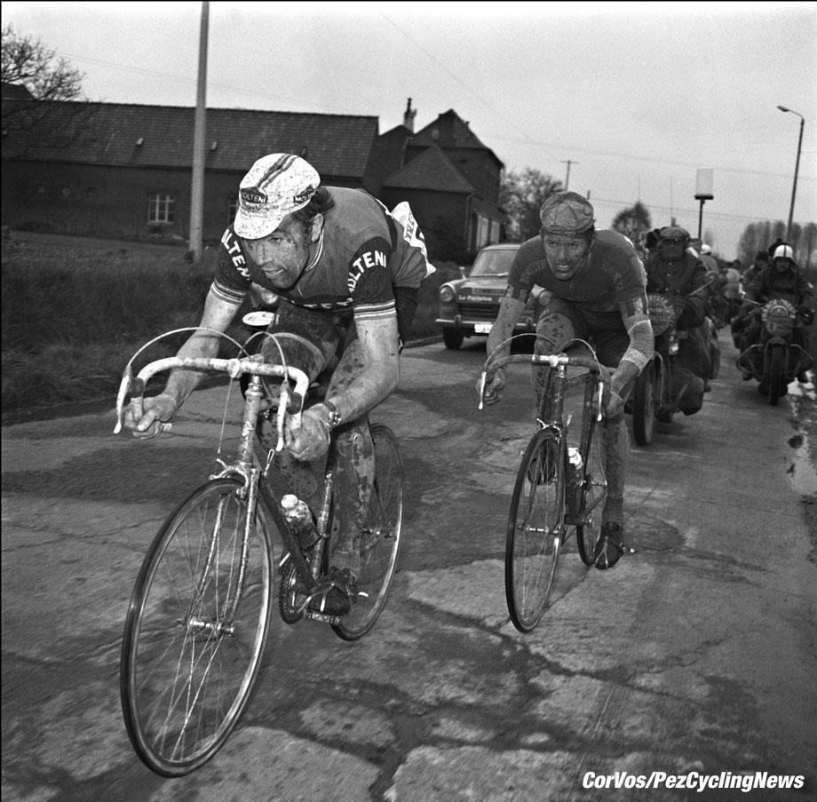 Kaprijke - Belgium - wielrennen - cycling - radsport - cyclisme - Eddy Merck and Roger De Vlaeminck, ancien coureur cycliste - former cyclist - foto Cor Vos ©2012