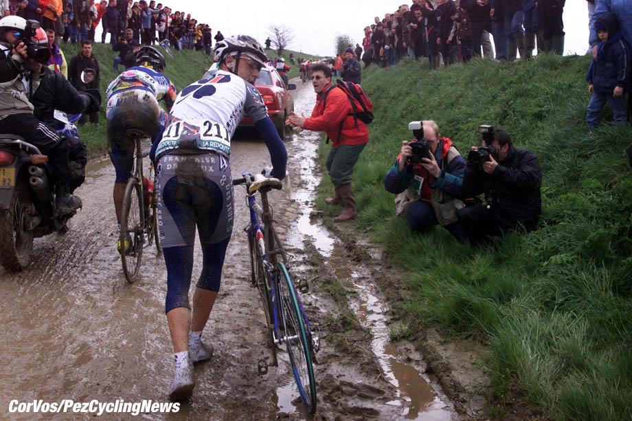 Parijs-Roubaix, foto Cor Vos ©2001