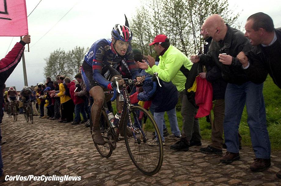 De honderdste editie van Parijs-Roubaix, 14-4-2002 foto Cor Vos ©2002 Tom Boonen