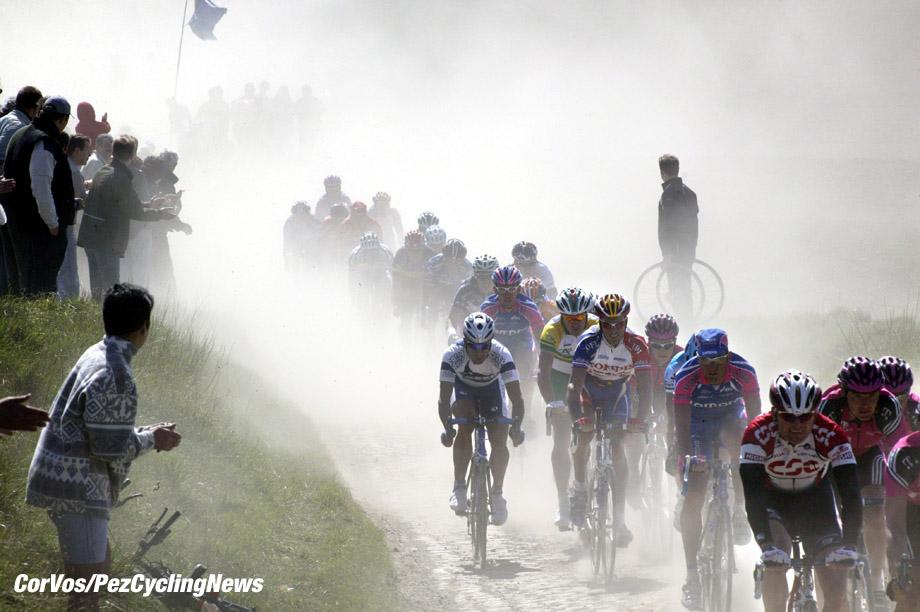 13-4-2003, Parijs-Roubaix, Sfeer , foto Cor Vos ©2003