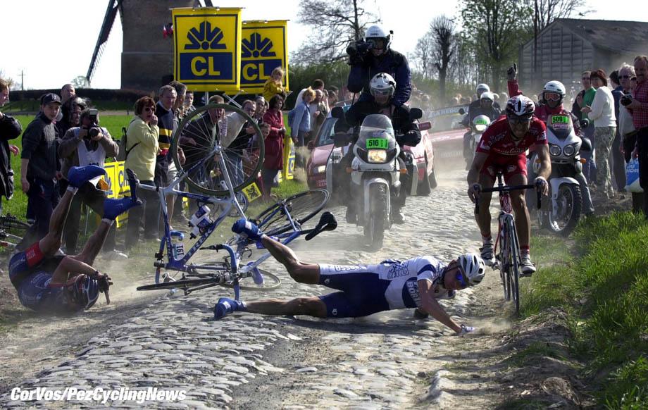 Parijs-Roubaix, foto Cor Vos ©2003 Val van Heeswijk en Ivanov, foto Cor Vos ©2003