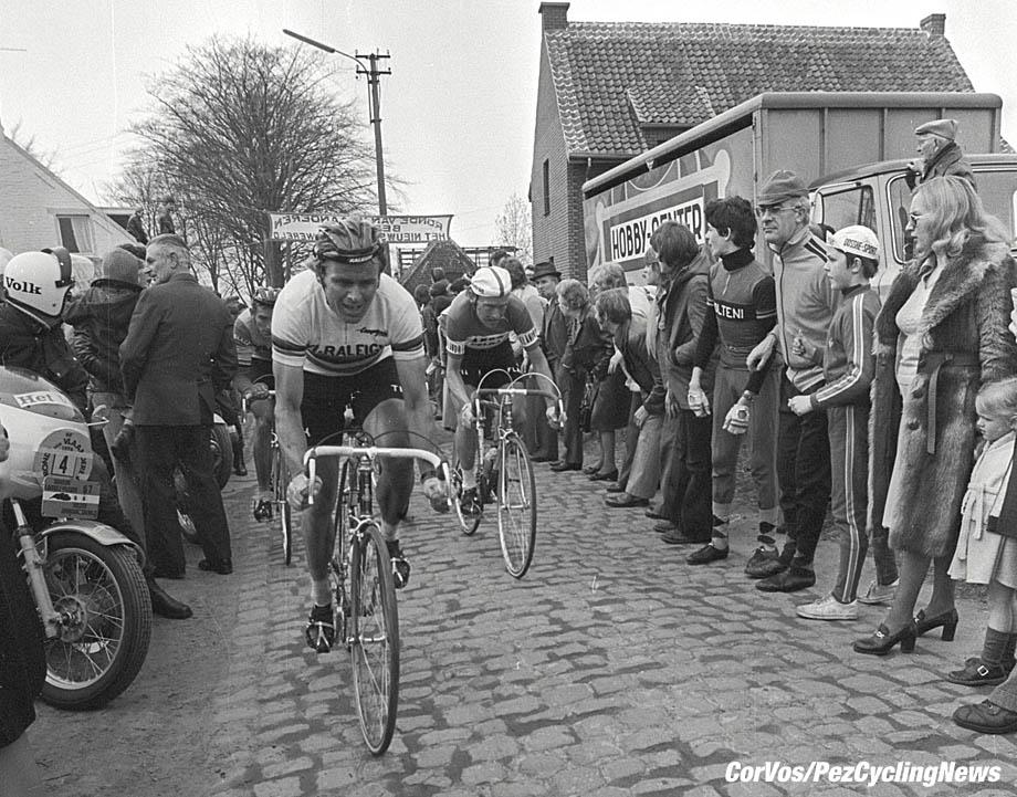 Hoogvliet - wielrennen - cycling - radsport - cyclisme - archief - archive - stock  - Hennie Kuiper en Michel Pollentier - foto /Cor Vos ©2008