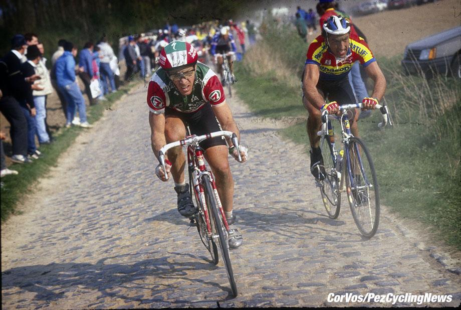 Hoogvliet - wielrennen - cycling - radsport - cyclisme -   archive - stock photo - archive -   Steve Bauer en Eddy Planckaert - Parijs - Roubaix - photo Cor Vos © 2013