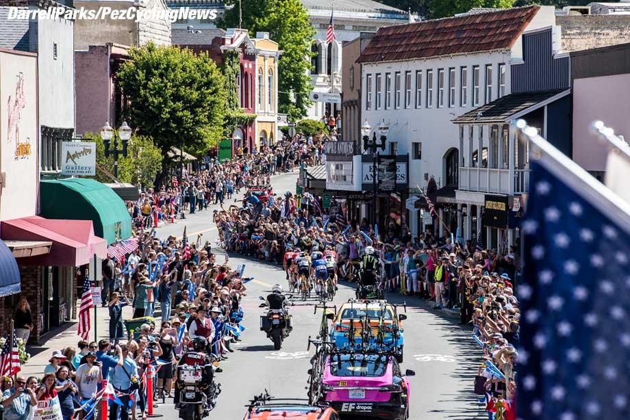 atoc18S6dp-reak-crowds-placerville-920
