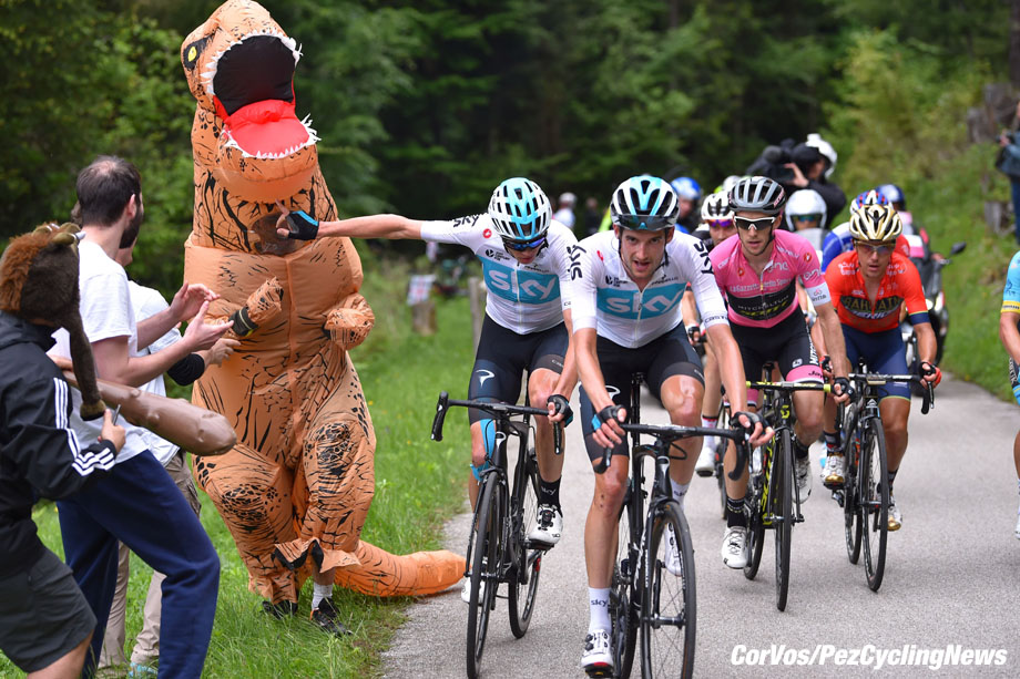 Monte Zoncolan - Italië - wielrennen - cycling - cyclisme - radsport - Christopher - Chris FROOME (GBR / Team Sky) - Wout Poel and an alligator pictured during the 101st Giro d'Italia 2018 - stage 14 from San Vito al Tagliamento to Monte Zoncolan (186 KM) - photo TdW/GI/LB/RB/Cor Vos © 2018