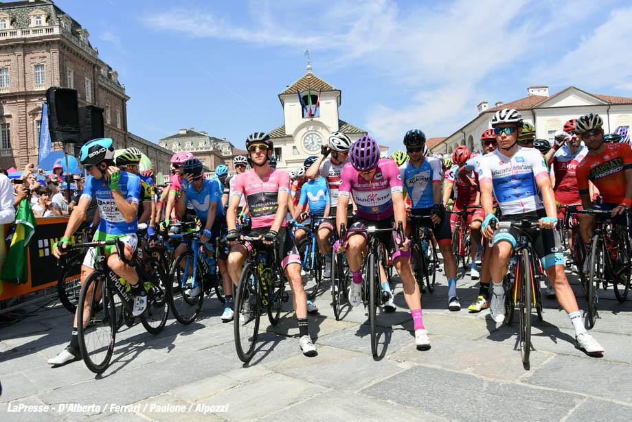 Foto Gian Mattia D'Alberto - LaPresse 25/05/2018 VENARIA REALE (Italia) Sport Ciclismo Giro d'Italia 2018 - edizione 101- tappa 19 VENARIA REALE - BARDONECCHIA Nella foto: Photo Gian Mattia D'Alberto - LaPresse 2018-05-25 VENARIA REALE (Italy) Sport Cycling Giro d'Italia 2018 - 101th edition - stage 19 VENARIA REALE - BARDONECCHIA In the pic: