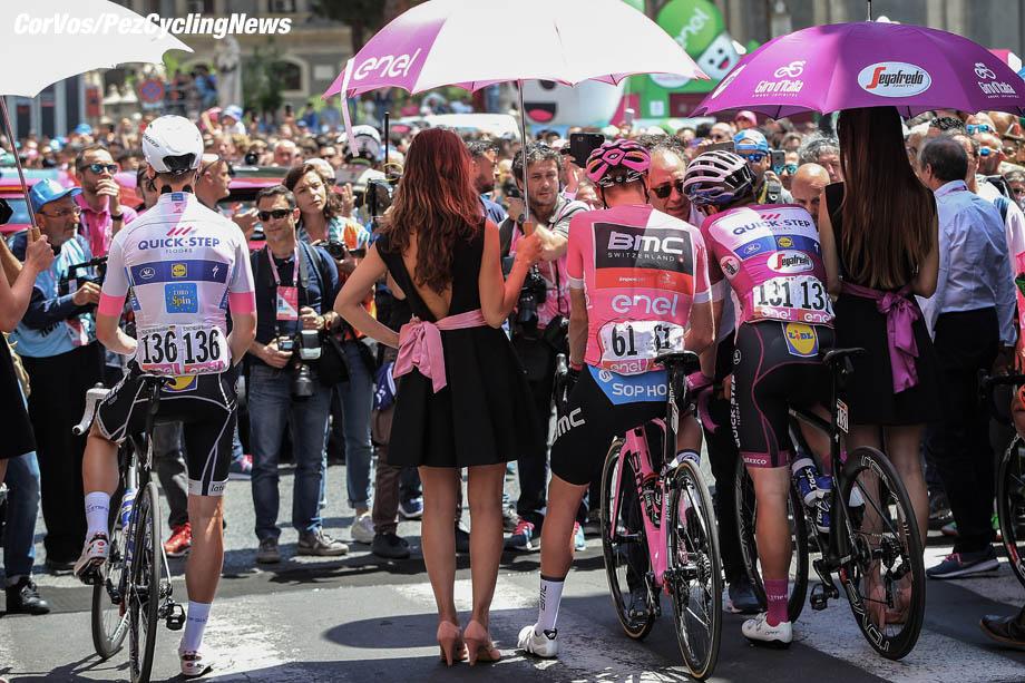 Caltagirone - Italië - wielrennen - cycling - cyclisme - radsport -  illustratie before the start Maximilian SCHACHMANN (Germany / Team Quick - Step Floors) - Rohan DENIS (Australia / BMC Racing Team) - Elia VIVIANI (Italy / Team Quick - Step Floors) pictured during the 101st Giro d'Italia 2018 - stage 4 from Catania to Caltagirone (198 KM) - photo IB/LB/RB/Cor Vos © 2018