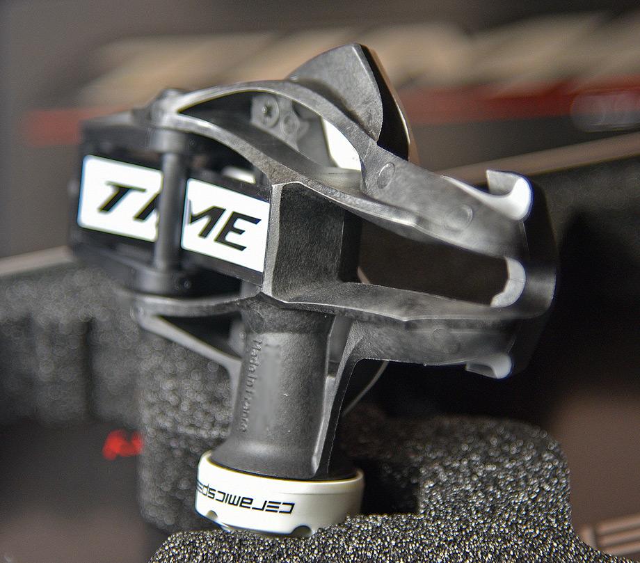e66424ae5fa The pedal body is compression molded short-fiber carbon composite.